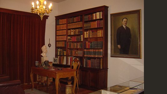 The desk and library of Emmanouil Tsouderos from his house in Athens
